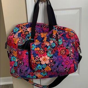 Set - Vera Bradley Large Duffle Bag Bundle